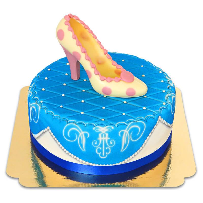 Blaue Deluxe Torte mit Schokoladen Schuh und Band