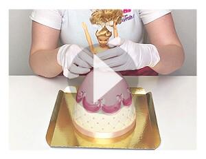 Puppenprinzessin-Torte zusammenstellen nach Anlieferung