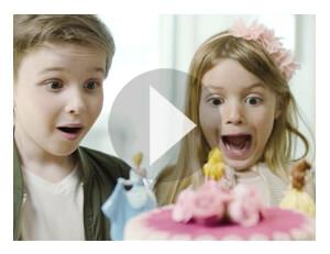Torten führt zu Strahlende Kinderaugen