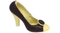 Schwarz-weißer Schuh