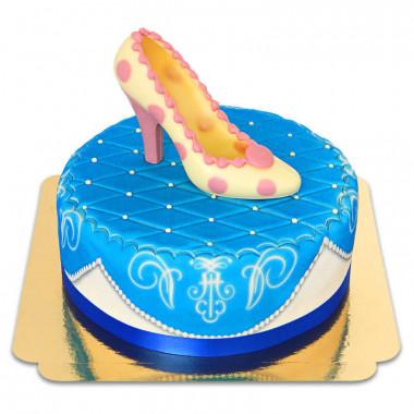 Blaue Deluxe Torte mit Schokoladen-Schuh und Band