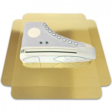 Graue Sneaker-Torte