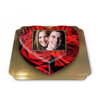 Fototorte mit roten Rosen in Herzform
