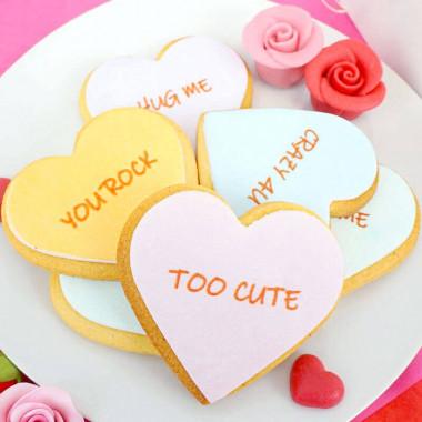 Keks-Herzen mit Liebesbotschaft (12 Stück)