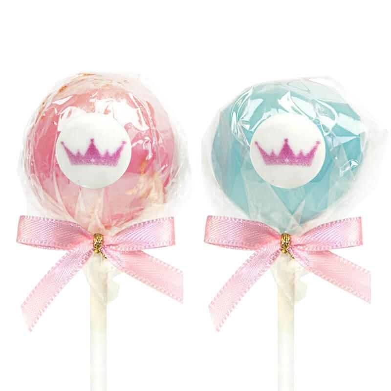 Cake-Pops mit bunter Schokolade und Logo
