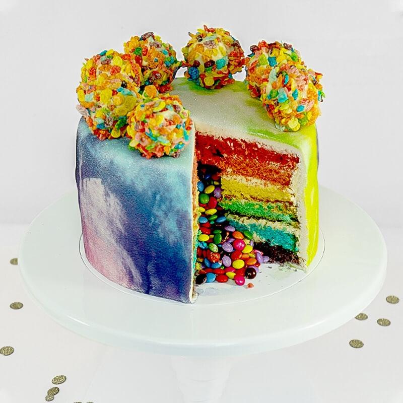 ciasto dekorowane Cake-Pops'ami