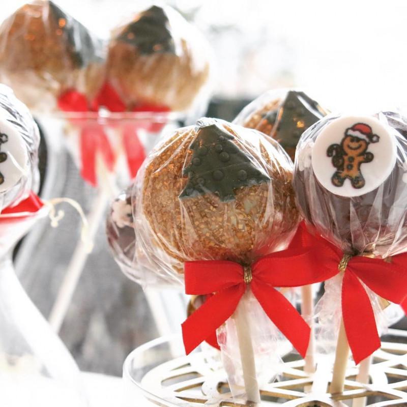 Weihnachts-Cake-Pops
